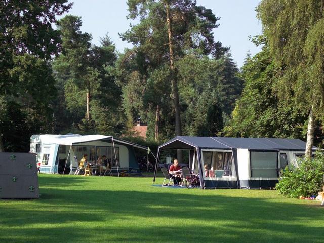 Kampeerplaatsen Camping De Hertshoorn