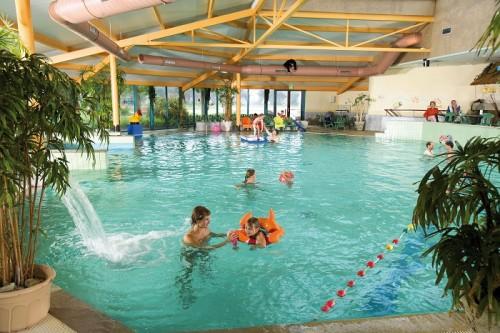 Binnenzwembad op Landal Landgoed 't Loo