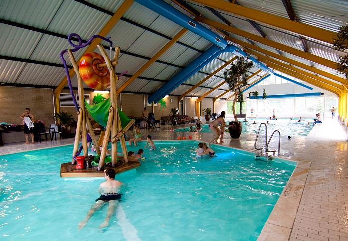 Binnenzwembad Droompark Beekbergen