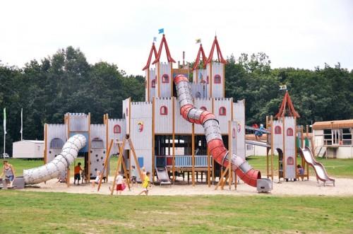 Speelkasteel op Vakantiepark de Berckt