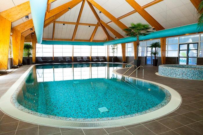 Binnenzwembad Droompark Bad Hoophuizen