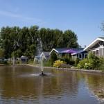 Vakantiehuis aan water op vakantiepark