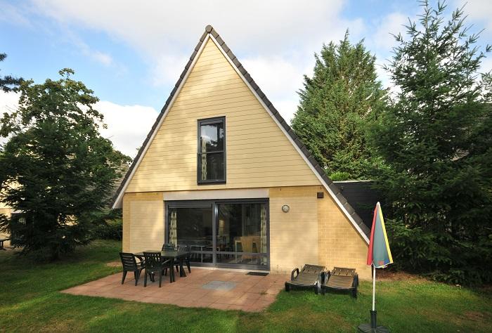 Vrijstaande bungalow met terras