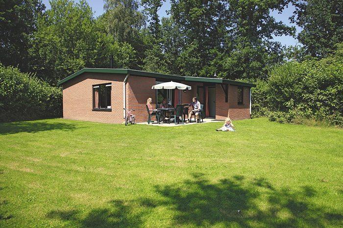 Vrijstaande bungalow op Bungalowpark De Lindenberg