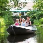 Met de fluisterboot over de Regge