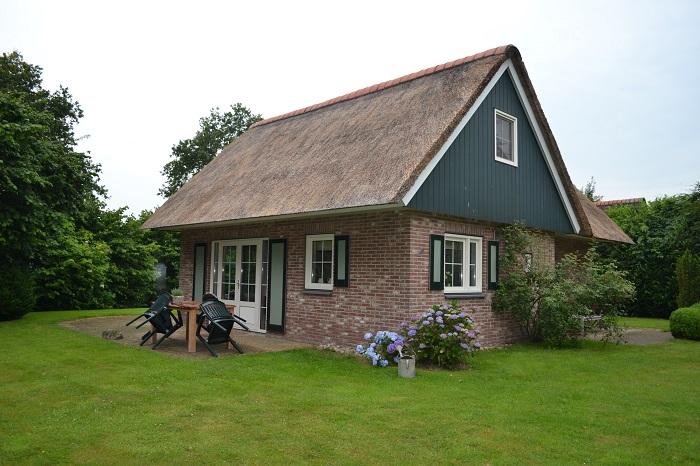 Vrijstaande villa met tuin en terras