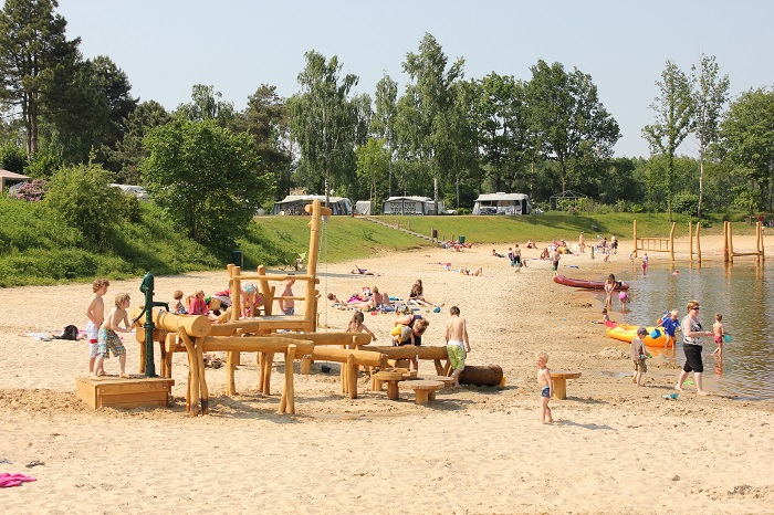 Speeltuin op het strand