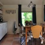 Keuken en eettafel