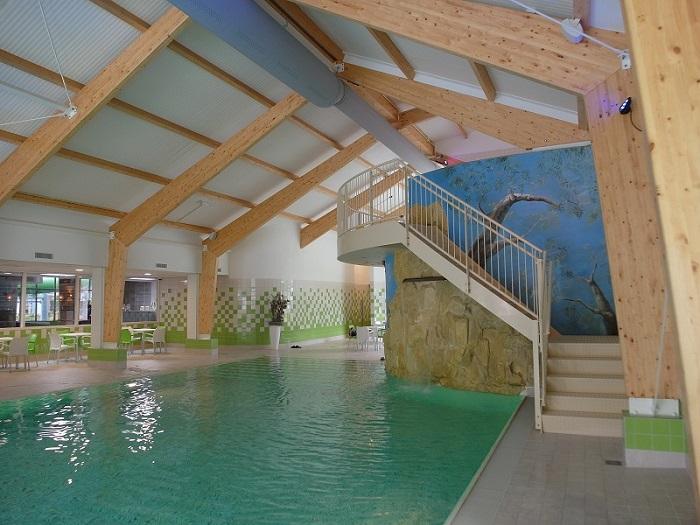 Binnenzwembad Vakantiepark De Kleine Belties