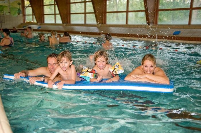 Binnenzwembad Vakantiepark Kijkduin