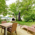 Huttenheugte cottage