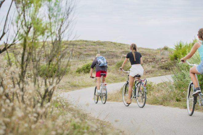 fietsen in de duinen