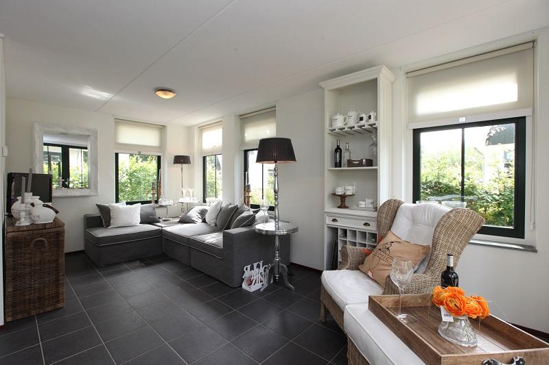 Résidence Koningshof bungalow woonkamer