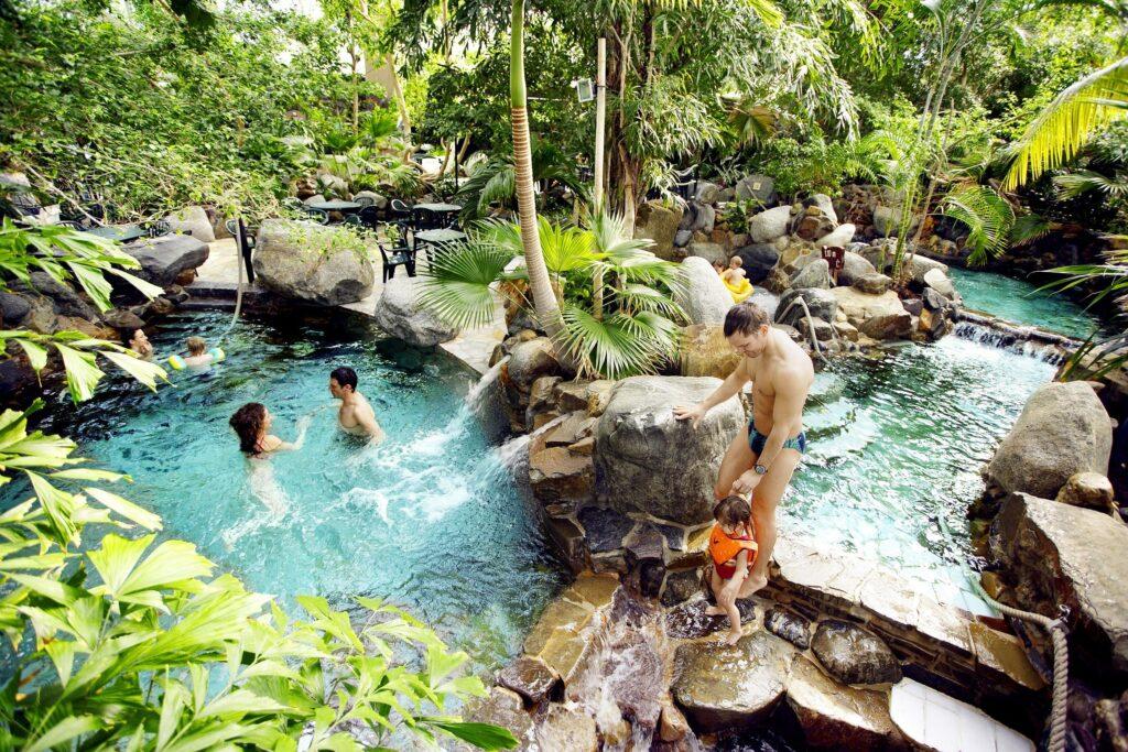 Vakantiepark met binnenzwembad